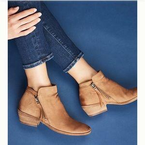 NWOT Sam Edelman Leather Tassel Ankle Packer Boots